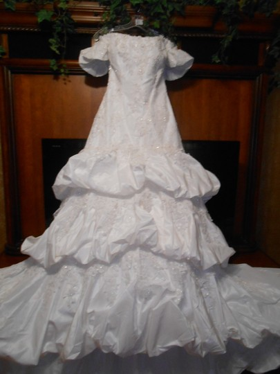 Jasmine Couture Bridal Ivory Taffeta and Lace T139 Modern Wedding Dress Size 8 (M)