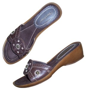 Bare Traps Brown Leather Sandals