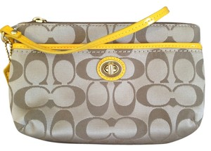 Coach Wristlet in Khaki/Sunflower
