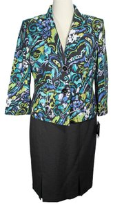 Le Suit LE SUIT NEW Womens Tuileries Multi Floral Print 2PC Skirt Suit 14. Ships in one day.