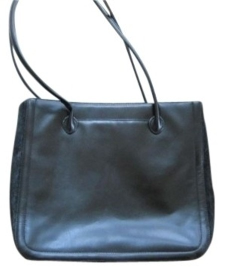 Preload https://img-static.tradesy.com/item/7901/adrienne-vittadini-with-sides-black-leather-and-pony-hair-shoulder-bag-0-0-540-540.jpg