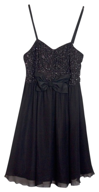 Preload https://item4.tradesy.com/images/forever-21-black-above-knee-night-out-dress-size-4-s-790133-0-0.jpg?width=400&height=650