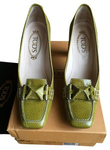 Tod's Green Pumps