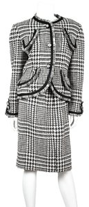 Bill Blass Wool Houndstooth Suit