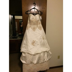 Oleg Cassini Ce329 Ivory And Champagne Wedding Dress