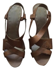 Nine West Leather Tan Sandals