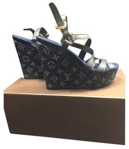 Louis Vuitton Blue demin Wedges