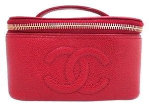 Chanel Cavair Vanity Vanity Red Travel Bag