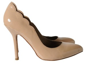 Betsey Johnson Johnson Size 8 8 Heels Beige Pumps