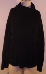 Christie & Jill Vintage Turtleneck Sweater