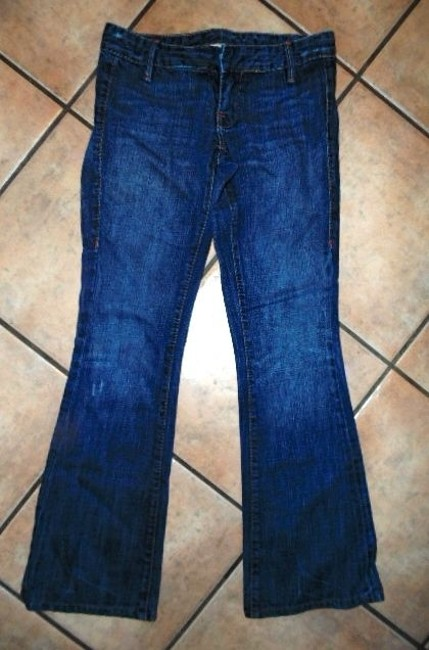True Religion Lowrise Size 26 Size 26 S P337 Straight Leg Jeans-Medium Wash