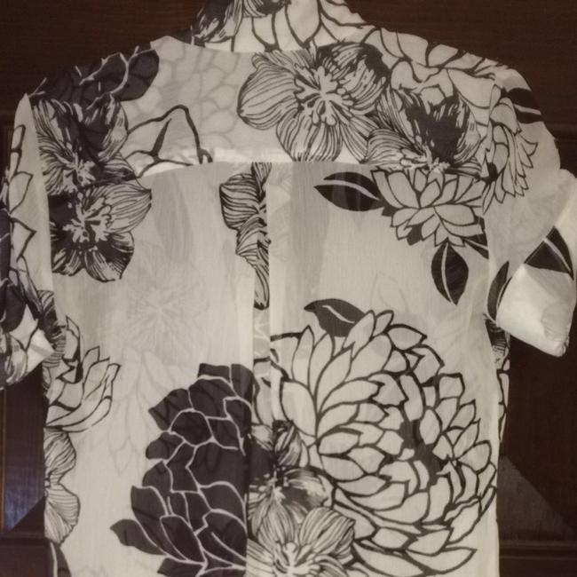 New York & Company Swimwear Cover Up Floral Tunic