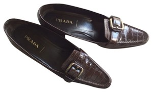 Prada Brown leather Flats