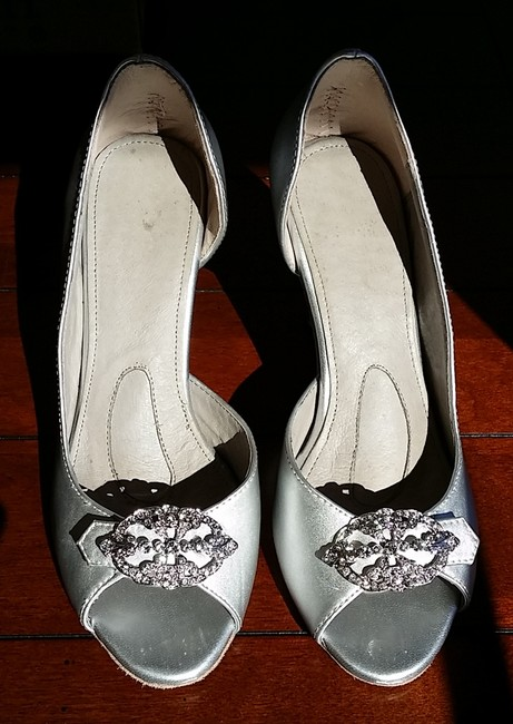 Item - Silver Sample Pumps Size US 7