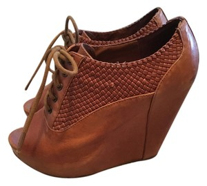 Collaborative Urban Outfitters Peep Toe Brown Wedges