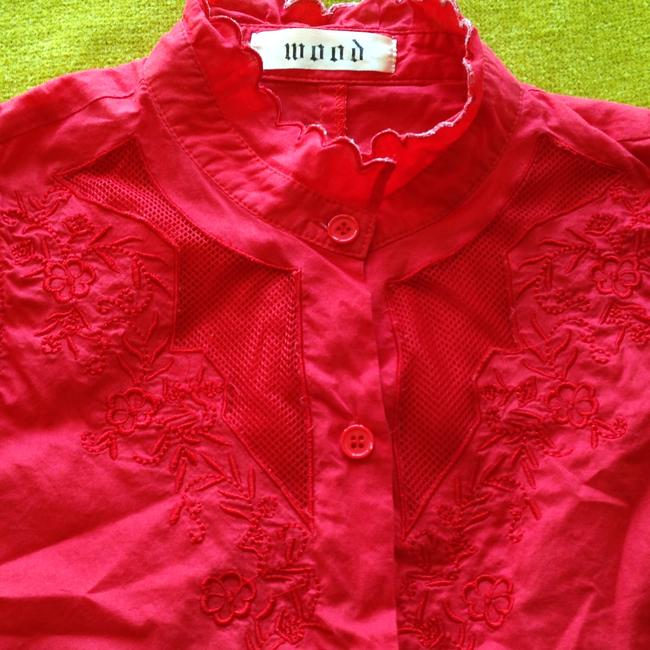 Wood Western Cowgirl Cowboy Sleeveless Ruffle Sheer Netting Peek-a-boo Embroidered Flowers Button Down Shirt Red