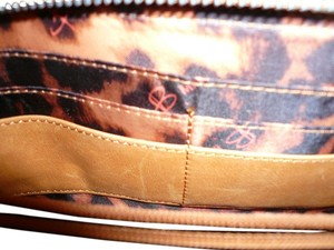 B. Makowsky GENUINE LEATHER WALLET ORGANIZER