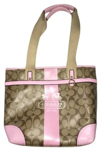 Pink and khaki tote bag, front pocket,back pocket, 4 pockets in the inside. Comes from a smoke/pet free home, no stains Tote in Pink And Kahki
