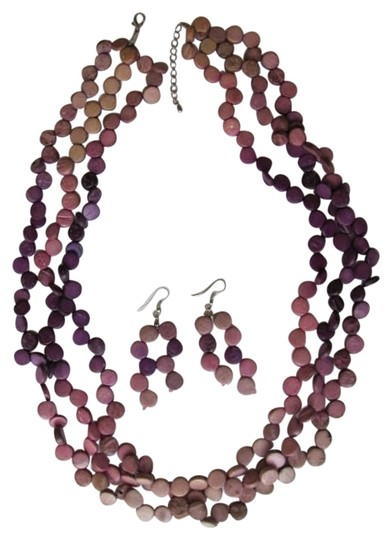 Preload https://img-static.tradesy.com/item/792724/tan-purple-and-earrings-set-with-circles-necklace-0-0-540-540.jpg