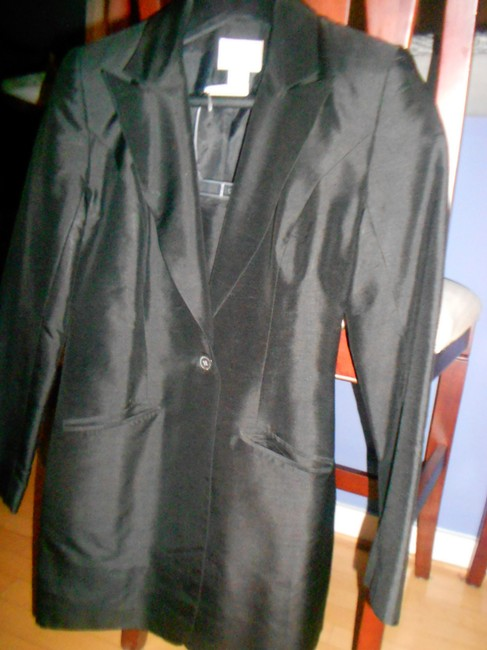 Hugo Buscati HUGO BUSCATI POLISHED SILK FITTED SUIT JACKET/SKIRT SIZE (8)