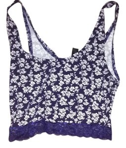 Forever 21 Floral Cropped Lace 21 Top Blue