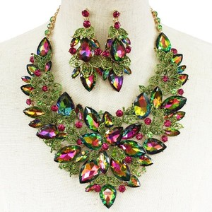 Crystal Flower And Leaves Earring And Necklace Set