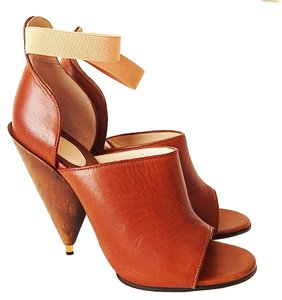 Givenchy Cone Peep Toe Sandal Wooden Brown Sandals