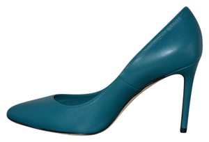Gucci Leather Pointed Toe Heel Cobalt Blue Pumps