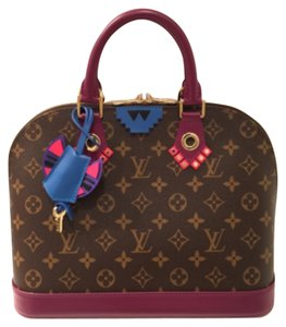 Louis Vuitton Satchel in Magenta