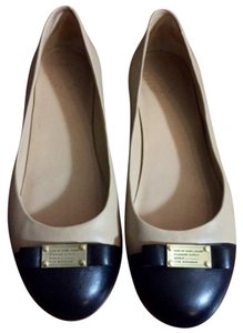 Marc by Marc Jacobs Nude/Black Flats