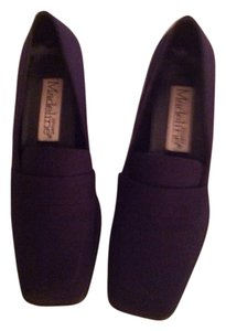 Madeline Navy Pumps
