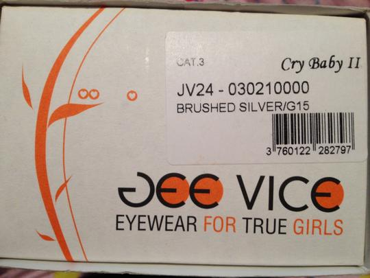 Jee Vice Crybaby