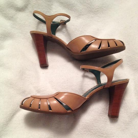 Naturalizer Tan w/green accents on interior Sandals