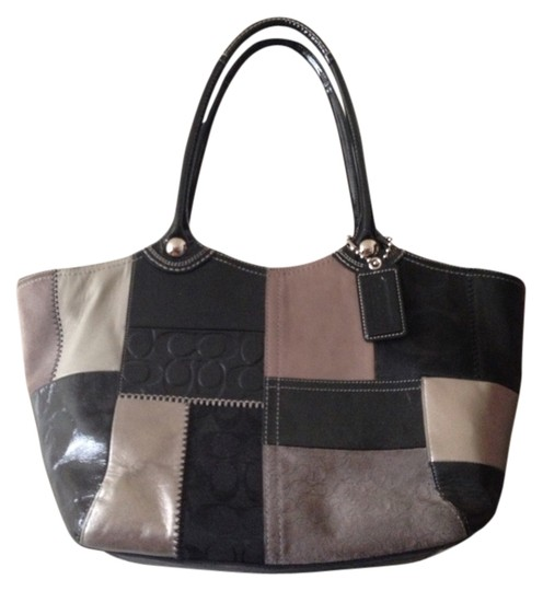 Preload https://item2.tradesy.com/images/coach-2467-black-leather-and-suede-tote-795001-0-0.jpg?width=440&height=440