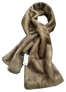 The Limited NWT The Limited faux fur scarf