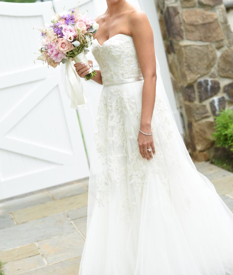 Reem acra heavenly lace wedding dress from csciuto on tradesy for Reem acra lace wedding dress