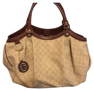 Gucci Tote in Beige and brown leather handle