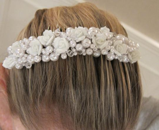 Pearl & White Rose Hair Comb