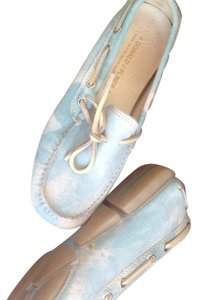 Donald J. Pliner Blue & White Sky Effect Flats