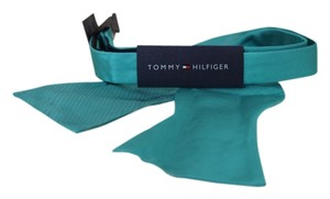 Tommy Hilfiger Tommy Hilfiger To-Tie Solid Turquoise Bow Tie