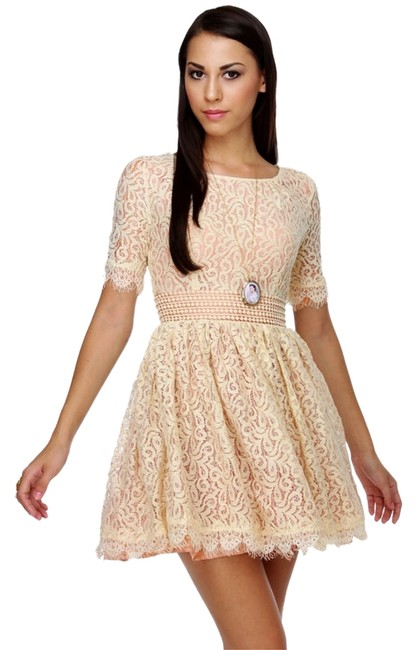 Item - Cream Lace Cocktail Party Dress
