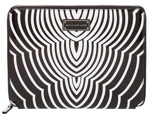 Marc by Marc Jacobs New! MBMJ Techno Radio Waves Tablet Notebook