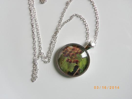 Other Green Spring bezel setting necklace , green jewelry necklace