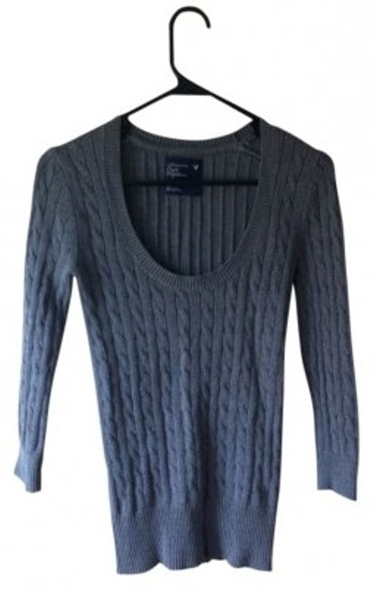 Preload https://img-static.tradesy.com/item/7976/american-eagle-outfitters-grey-crew-neck-cable-knit-sweaterpullover-size-4-s-0-0-650-650.jpg