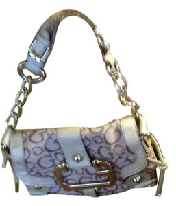 Guess Satchel in light brown/beige