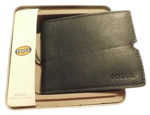 Fossil NEW W TAGS FOSSIL GENUINE LEATHER COLOR BLUE BIFOLD MEN'S WALLET