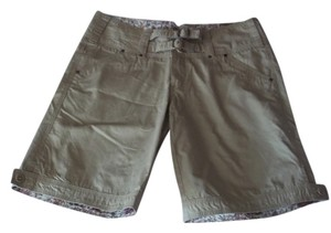 Triple Five Soul Bermuda Shorts Light khaki