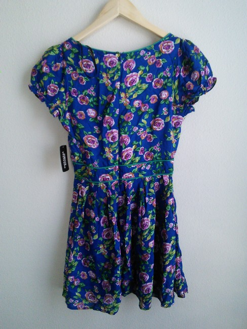 Forever 21 short dress blue with floral print on Tradesy