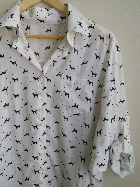 Other Top white with dog print