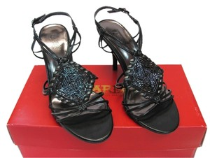 Carlos by Carlos Santana Size 6.00 M Very Good Condition Black Sandals